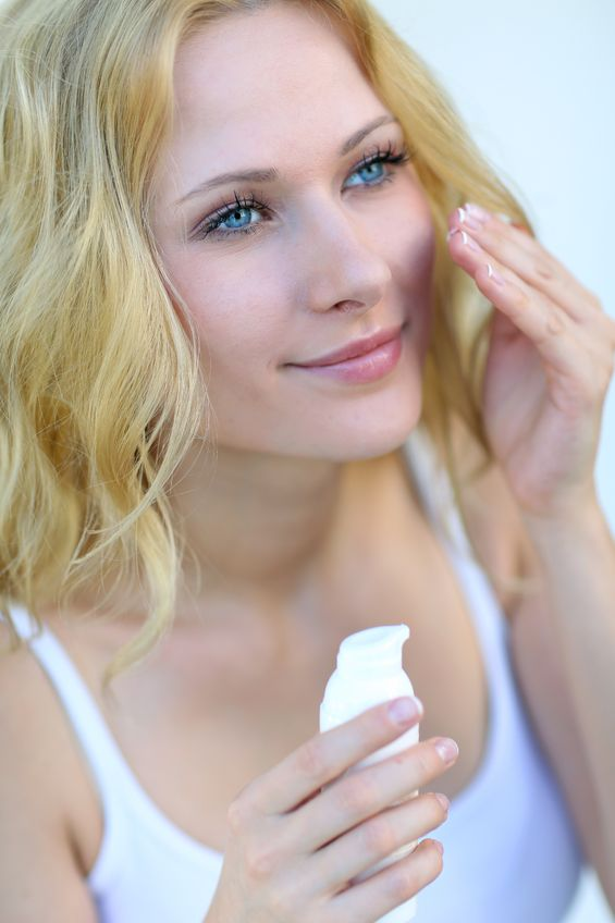 Woman treating dark under eye circles