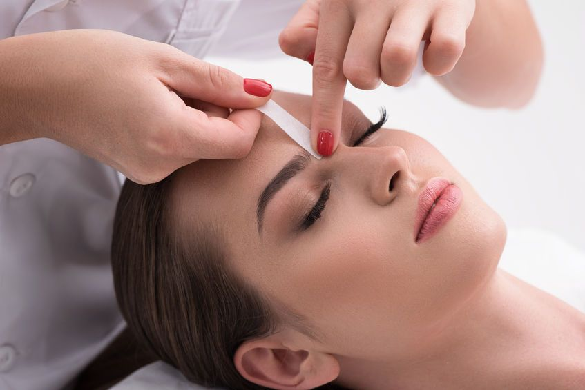 Holiday Beauty Prep Best Time To Get Your Eyebrows Done