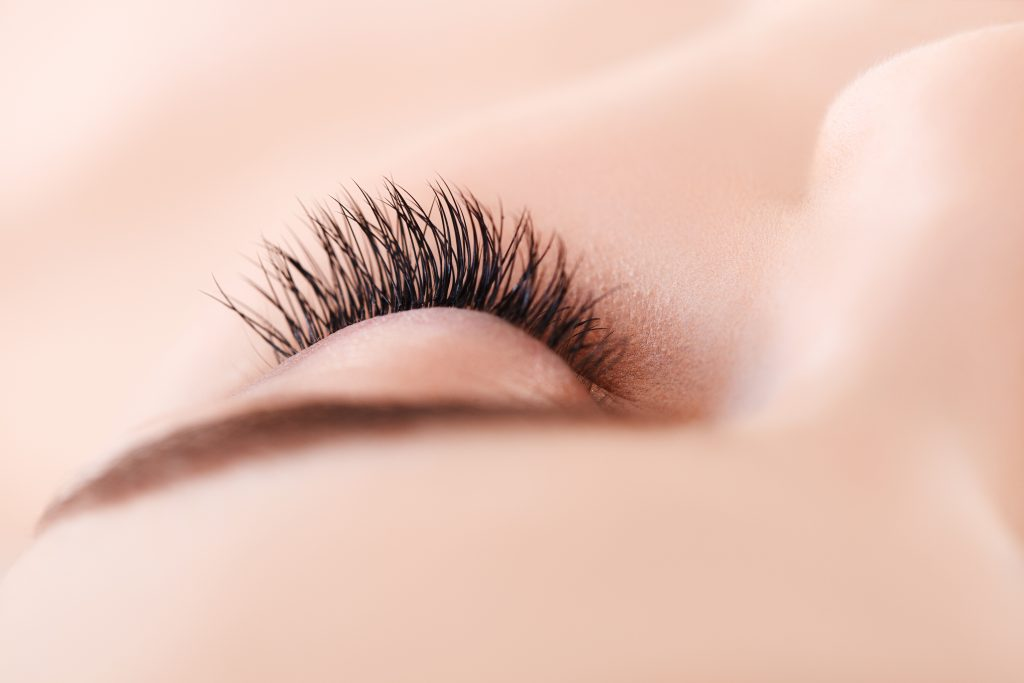 9d8a280e7bd Lash Extensions: How To Avoid Them Ruining Your Natural Lashes